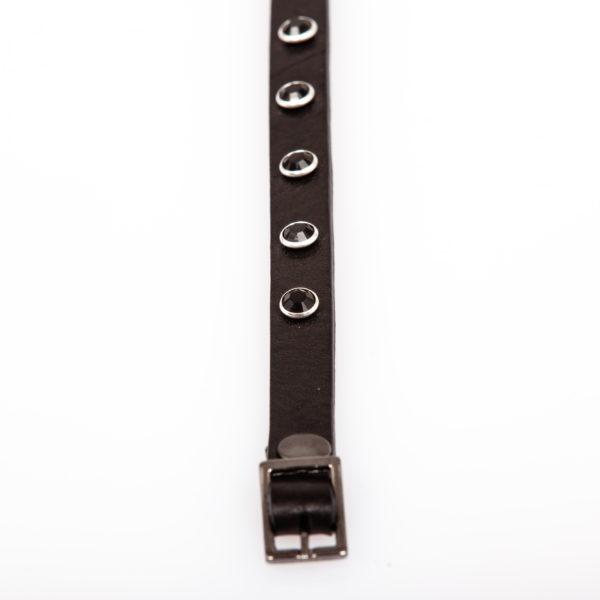 Bracelet en cuir avec clous Swarovski noirs